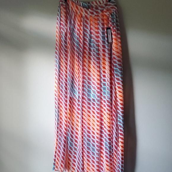 Worthington Maxi Skirt lined Size XL NWT